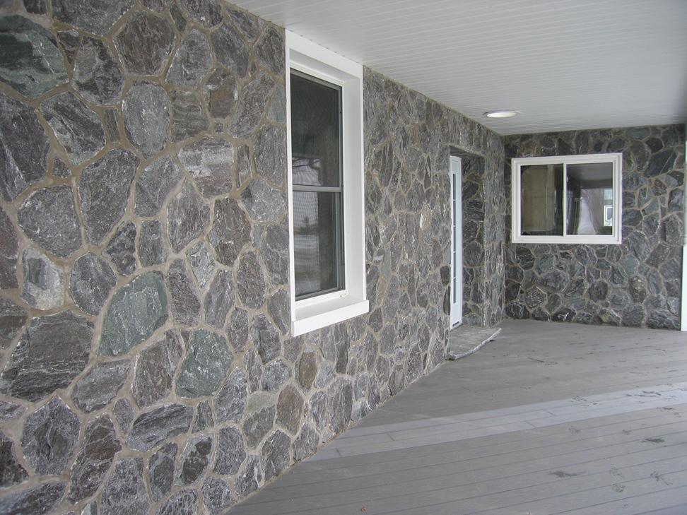 Elite Blue Granite Random front porch wall