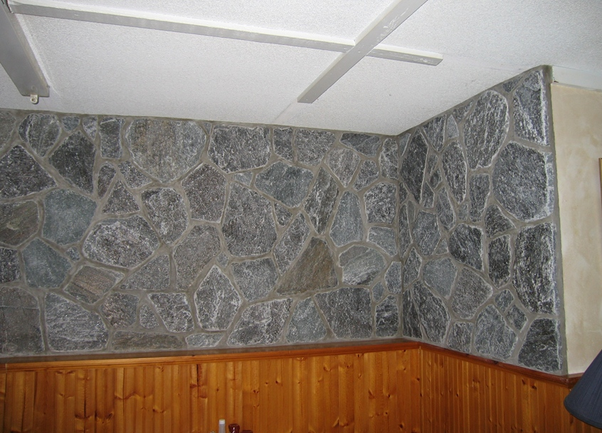 Elite Blue Granite Tumbled Random stone wall