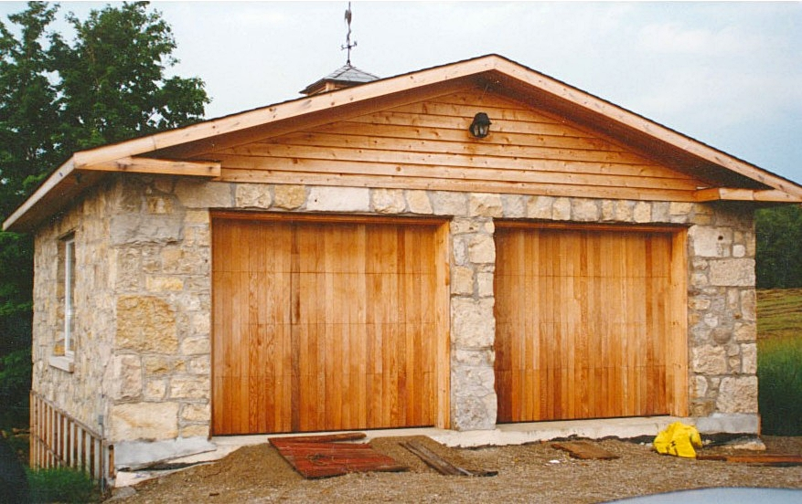 Harvest Gold Limestone Garage