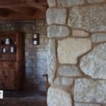 interior stone harvest gold limestone tumbled blend indoor detail