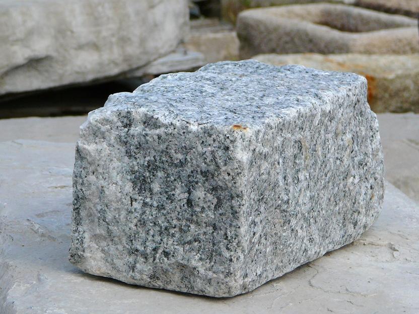 salt & pepper granite cobble