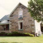 squared fieldstone split house